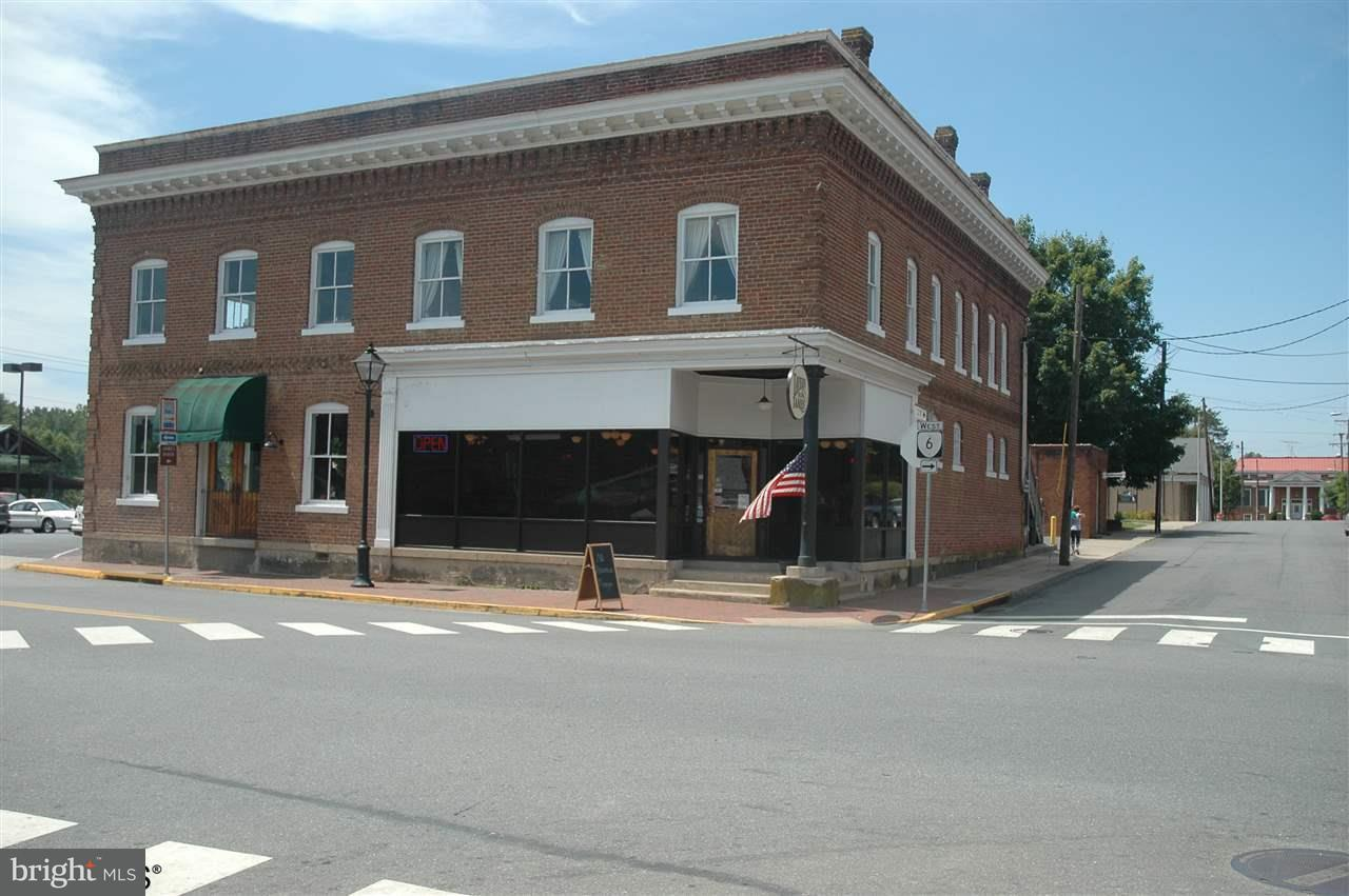 Commercial for Sale at 280 Valley St Scottsville, Virginia 24590 United States