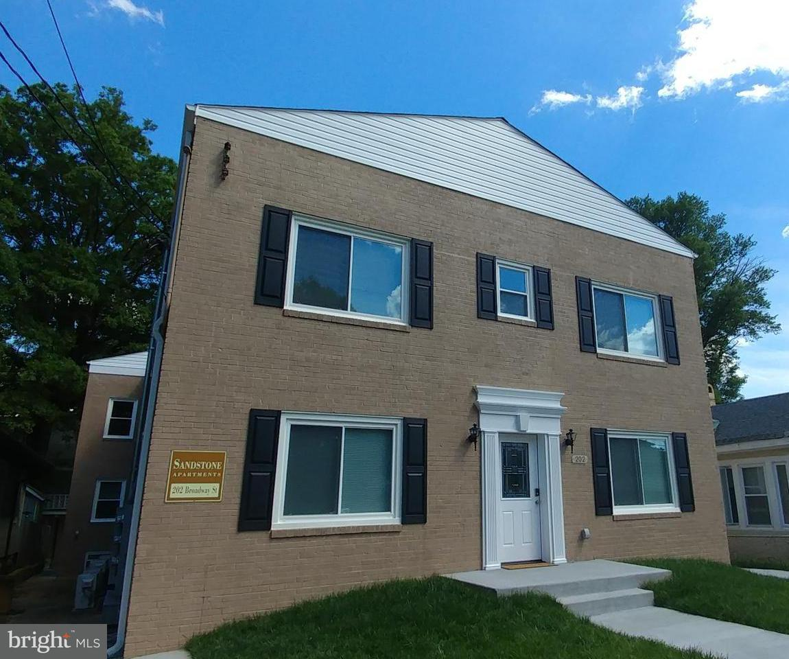 Other Residential for Rent at 202 Broadway St #202 Quantico, Virginia 22134 United States
