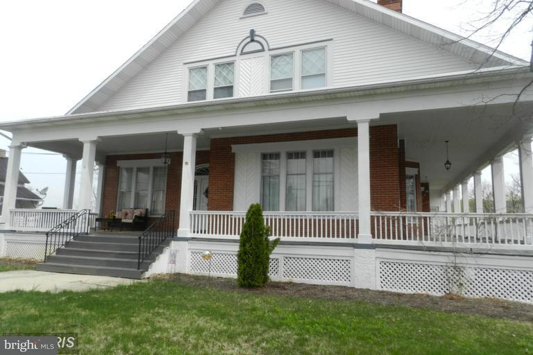 Other Residential for Rent at 41 Main St #a Fayetteville, Pennsylvania 17222 United States