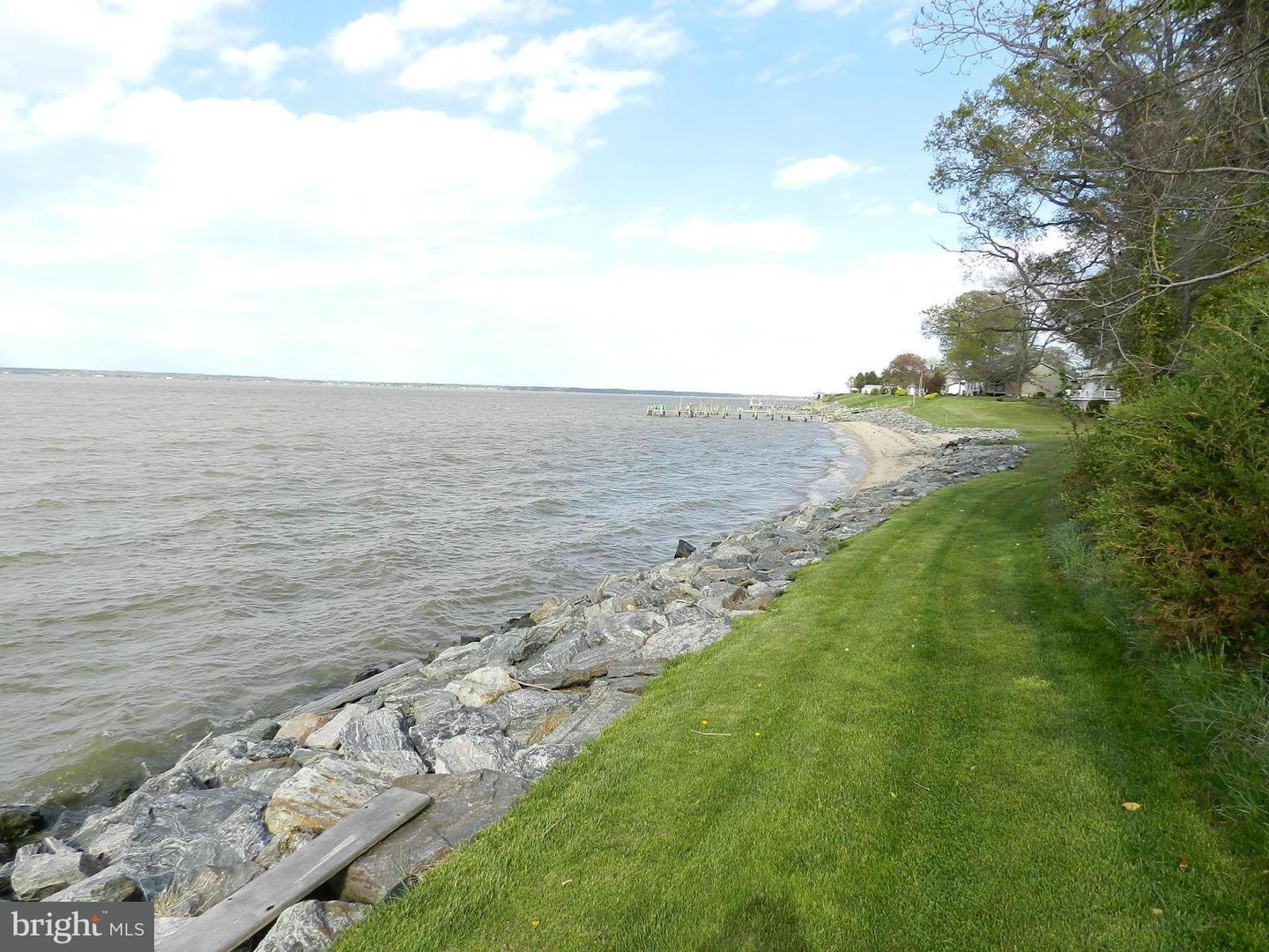 Additional photo for property listing at 0 Riverview Drive  Colonial Beach, Virginia 22443 United States