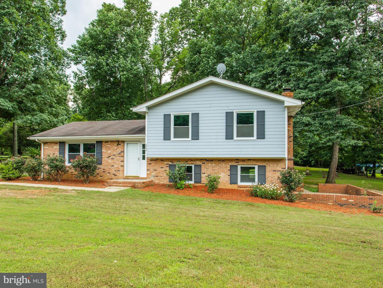 Single Family for Sale at 5044 Hazelmere Ln Reva, Virginia 22735 United States