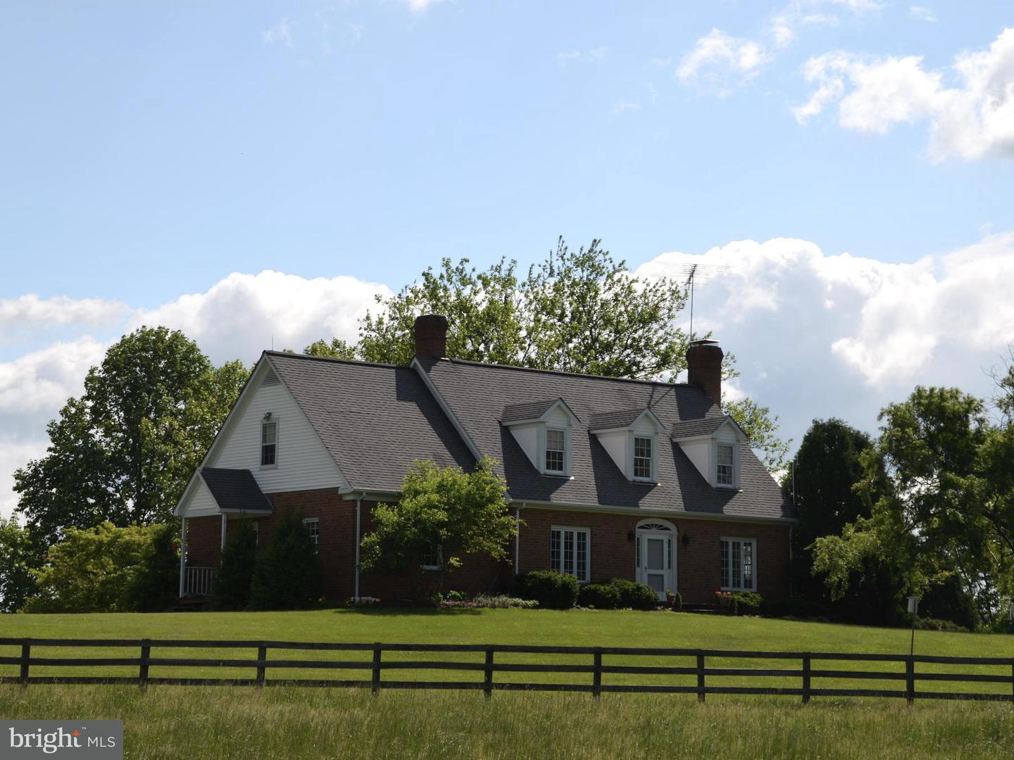 Farm for Sale at 6011 Keyser Rd Hume, Virginia 22639 United States