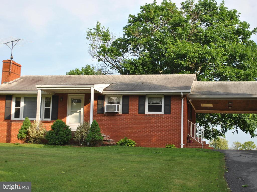One of The Plains 3 Bedroom Homes for Sale at 5070  OLD TAVERN ROAD