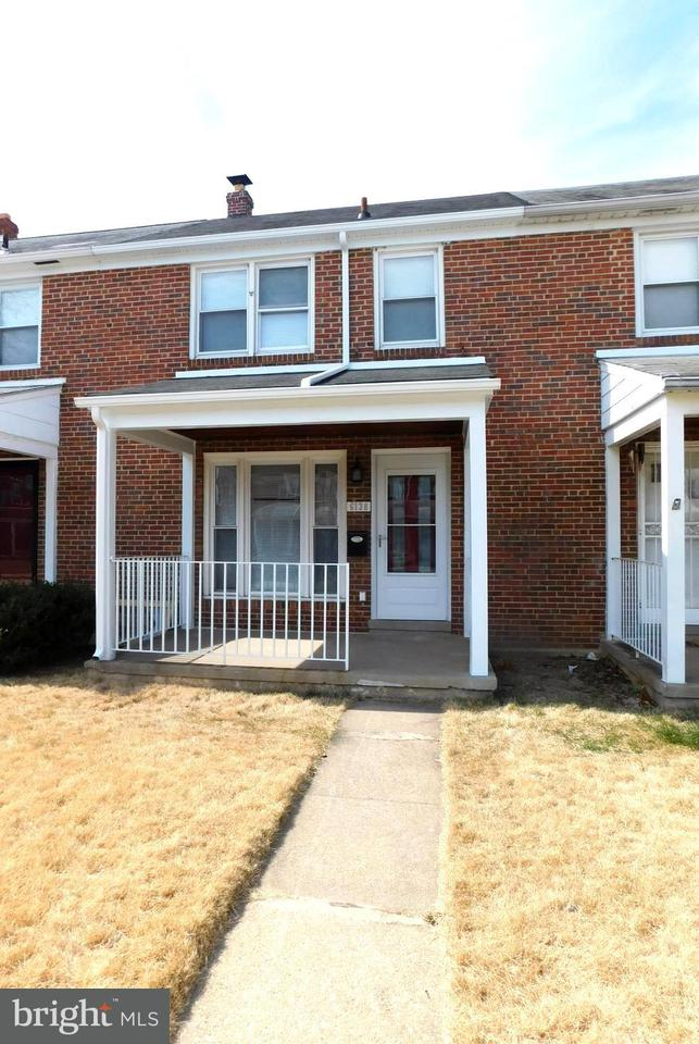 Single Family for Sale at 6138 Edlynne Rd Baltimore, Maryland 21239 United States