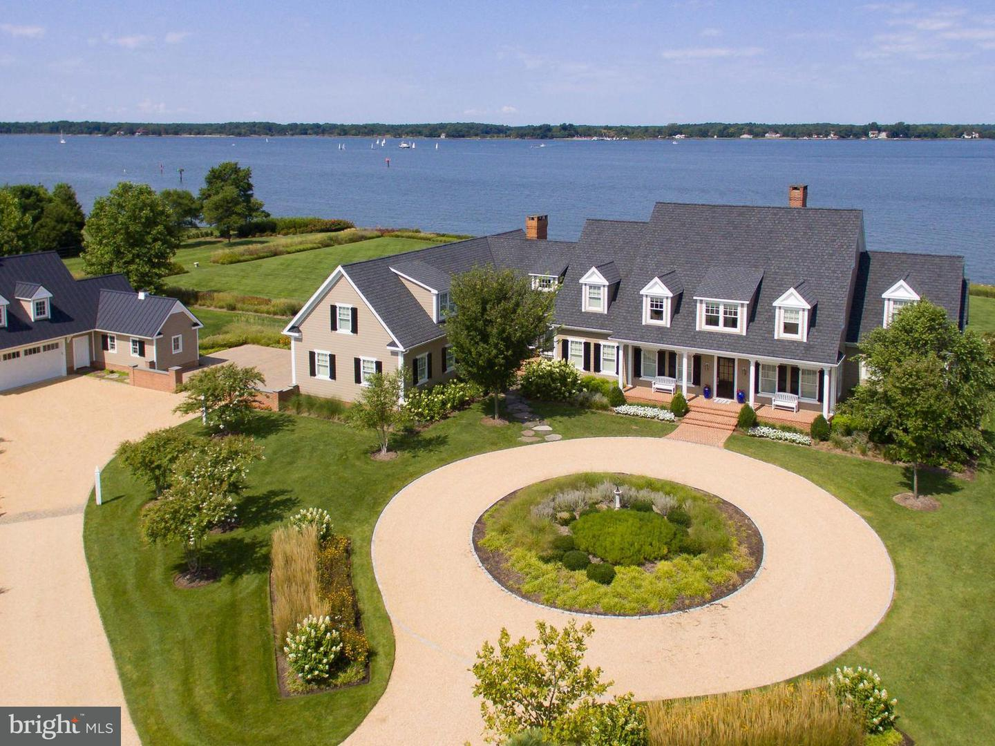 Single Family for Sale at 5385 Morgans Point Dr Oxford, Maryland 21654 United States