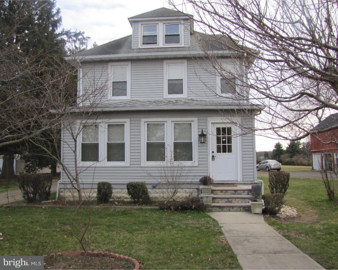 Casa Unifamiliar por un Venta en 425 RIDGE Road Dayton, Nueva Jersey 08810 Estados UnidosEn/Alrededor: South Brunswick Township