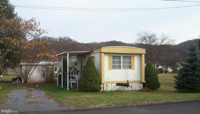 Additional photo for property listing at 224 Chipley Ln  Moorefield, West Virginia 26836 United States