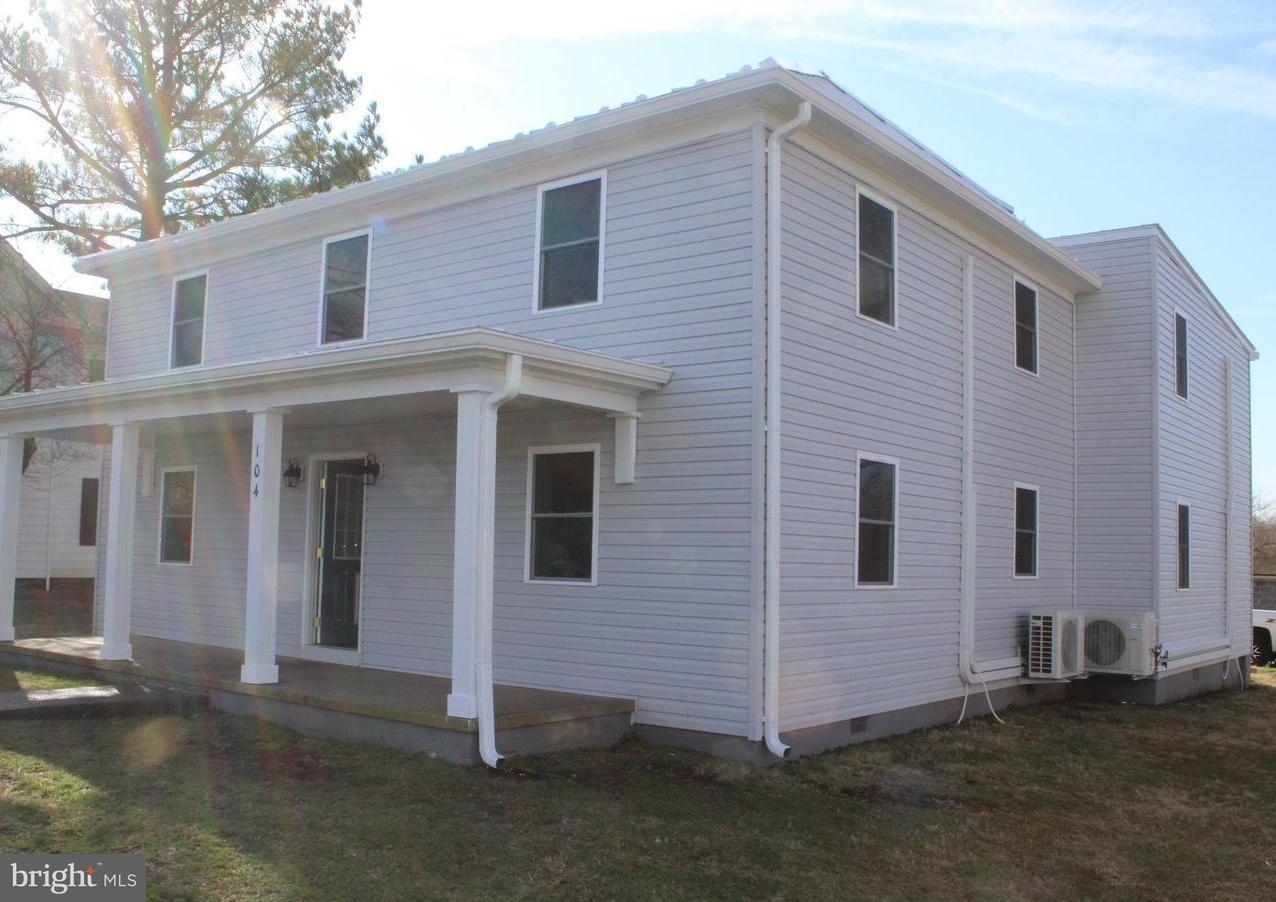 Other Residential for Sale at 104 Main St Remington, Virginia 22734 United States