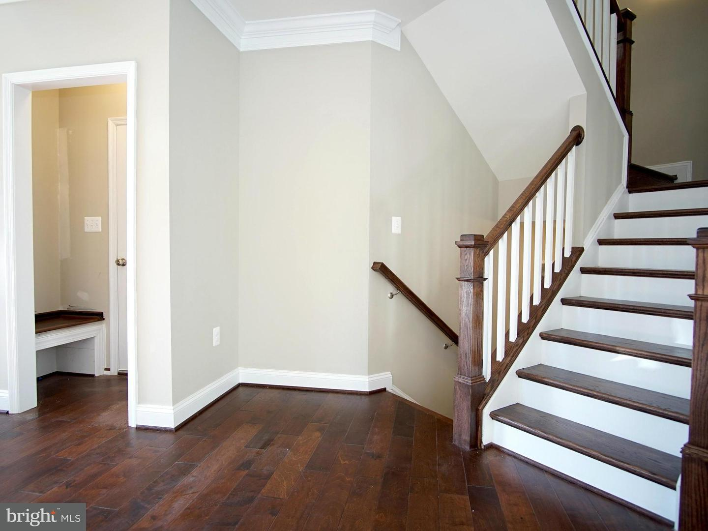 Additional photo for property listing at 6320 Joslyn Pl  Hyattsville, Maryland 20785 United States