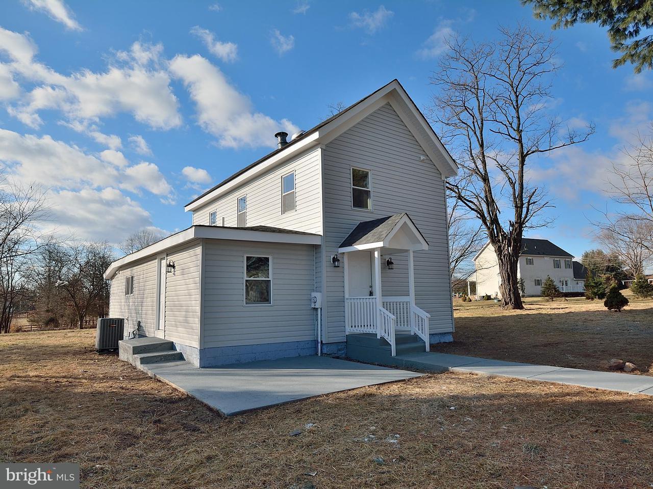 一戸建て のために 売買 アット 3707 Sanders Lane 3707 Sanders Lane Catharpin, バージニア 20143 アメリカ合衆国