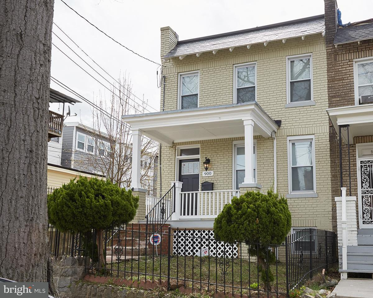 Single Family for Sale at 900 Crittenden St NW Washington, District Of Columbia 20011 United States
