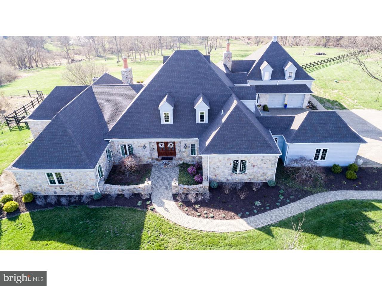 Maison unifamiliale pour l Vente à 104 GREY DOVE Drive Chadds Ford, Pennsylvanie 19317 États-Unis
