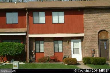 Single Family for Sale at 6429 Woodgreen Cir Gwynn Oak, Maryland 21207 United States