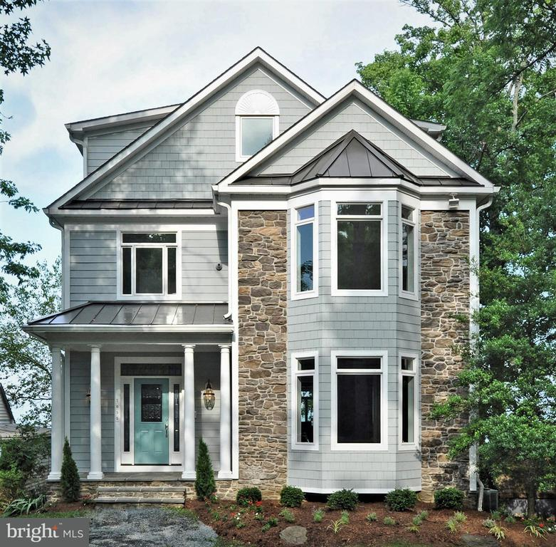 7055  BAY FRONT DRIVE, Annapolis, Maryland