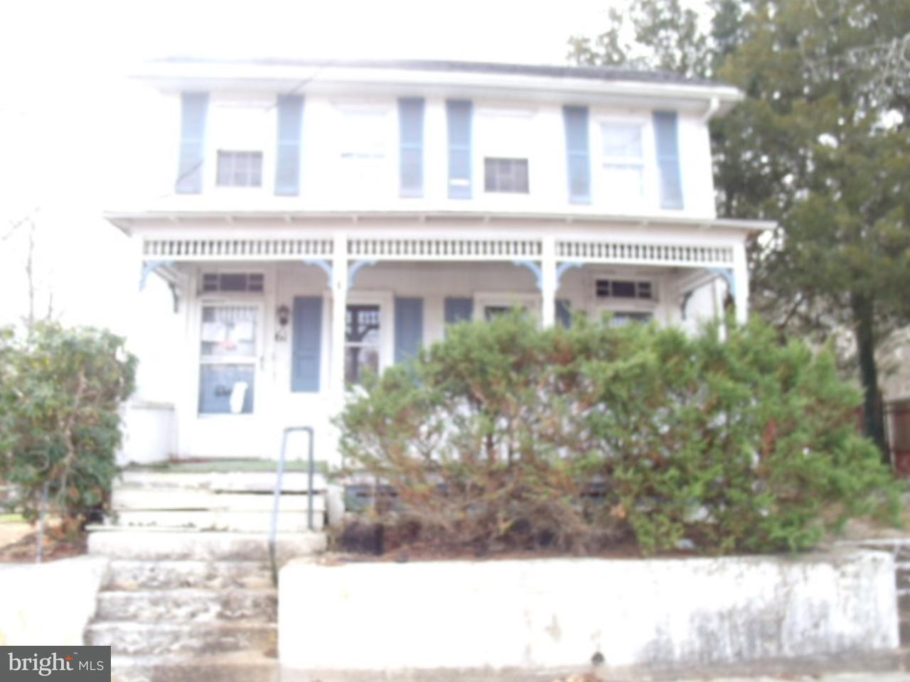 Maison unifamiliale pour l Vente à 61 W MAIN Street Alloway, New Jersey 08001 États-Unis