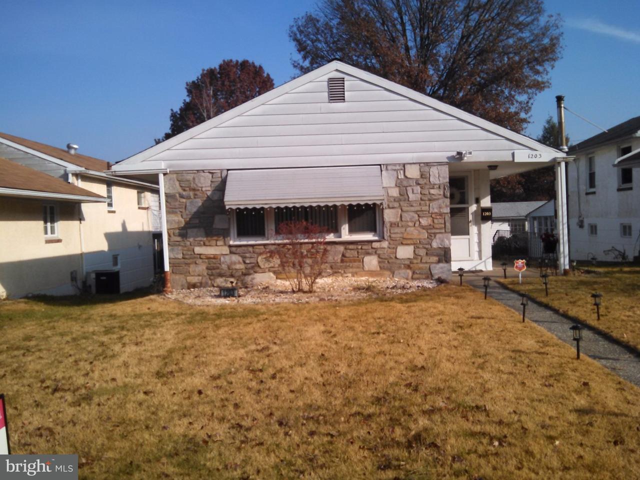 独户住宅 为 出租 在 1203 W ELM Street Norristown, 宾夕法尼亚州 19401 美国
