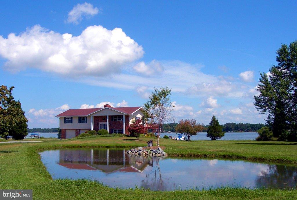 Single Family for Sale at 7711 Quaker Neck Rd Bozman, Maryland 21612 United States