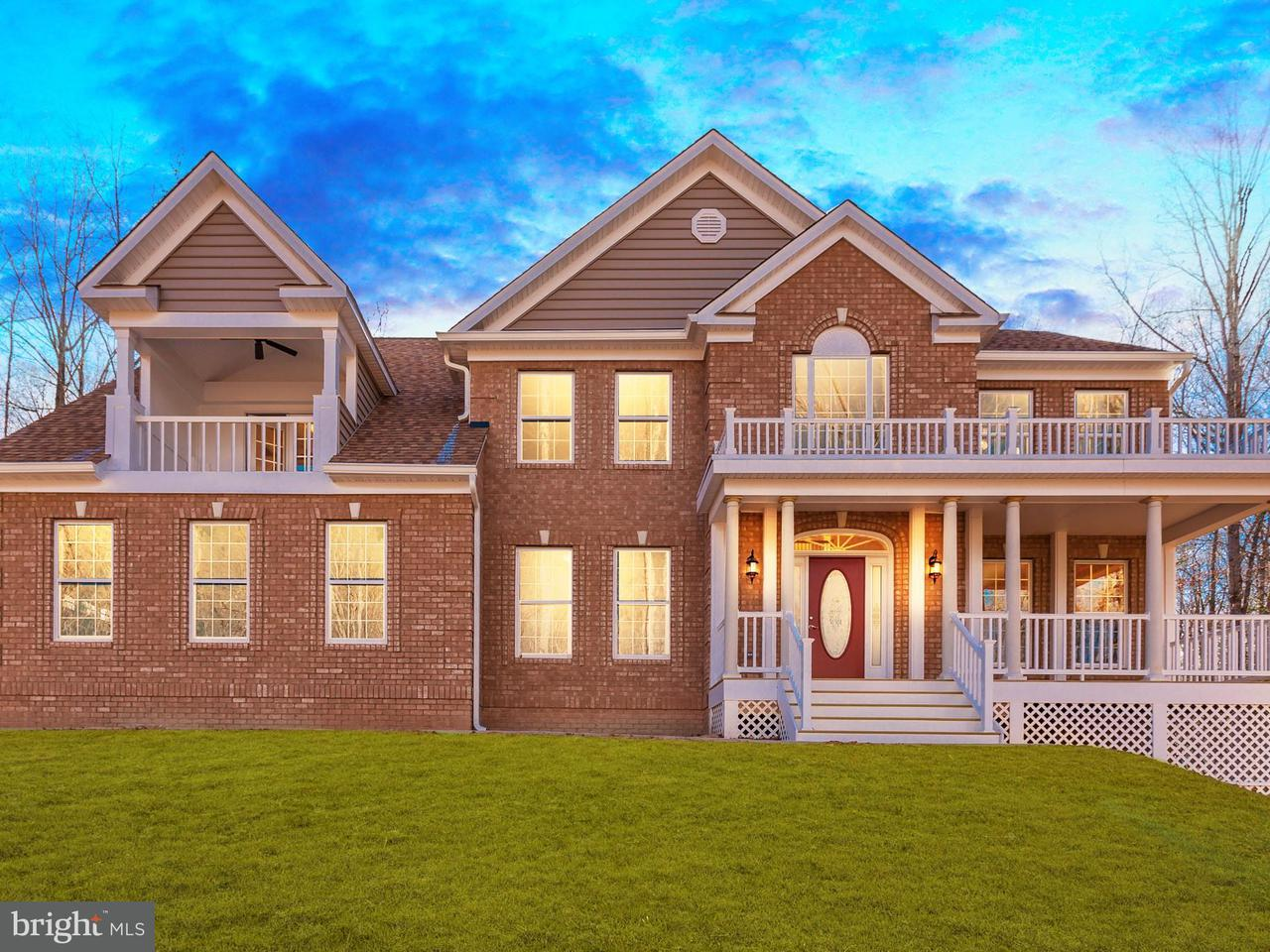 Casa Unifamiliar por un Venta en 501 Graceview Lane 501 Graceview Lane Stafford, Virginia 22556 Estados Unidos