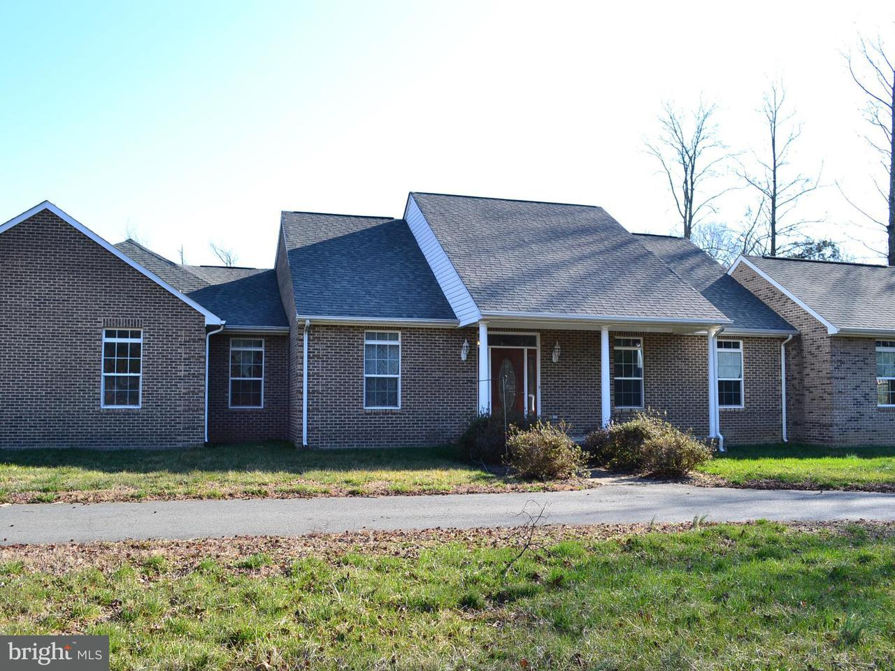 Single Family Home for Sale at 12025 Guinea Drive 12025 Guinea Drive Woodford, Virginia 22580 United States