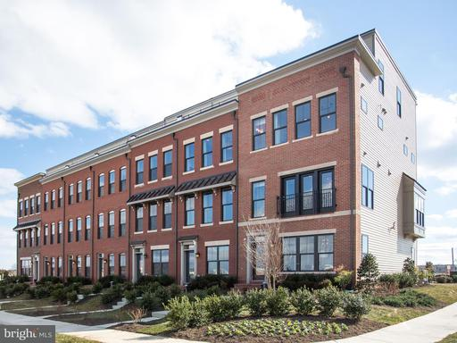 Property for sale at 23010 Lavallette Sq, Brambleton,  VA 20148