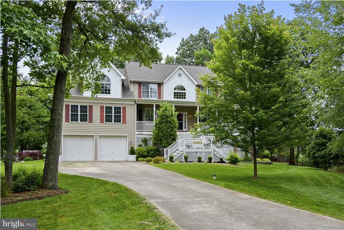 Single Family for Sale at 1004 Creek View Ct Churchton, Maryland 20733 United States