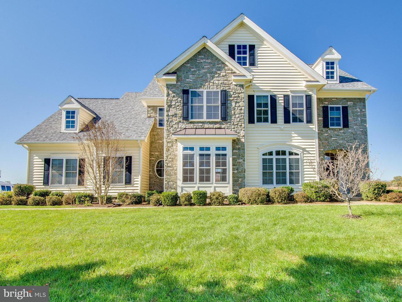 独户住宅 为 销售 在 17506 Hidden Garden Lane 17506 Hidden Garden Lane Ashton, 马里兰州 20861 美国
