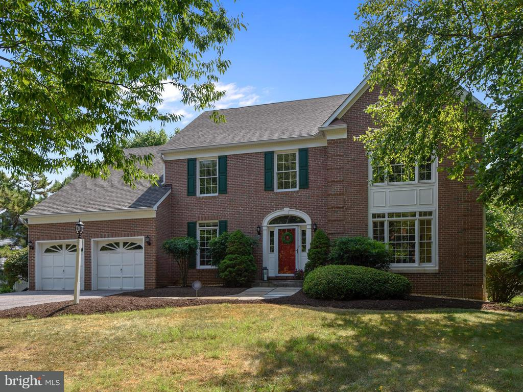 One of Annapolis 4 Bedroom Homes for Sale at 3435  HIDDEN RIVER VIEW ROAD