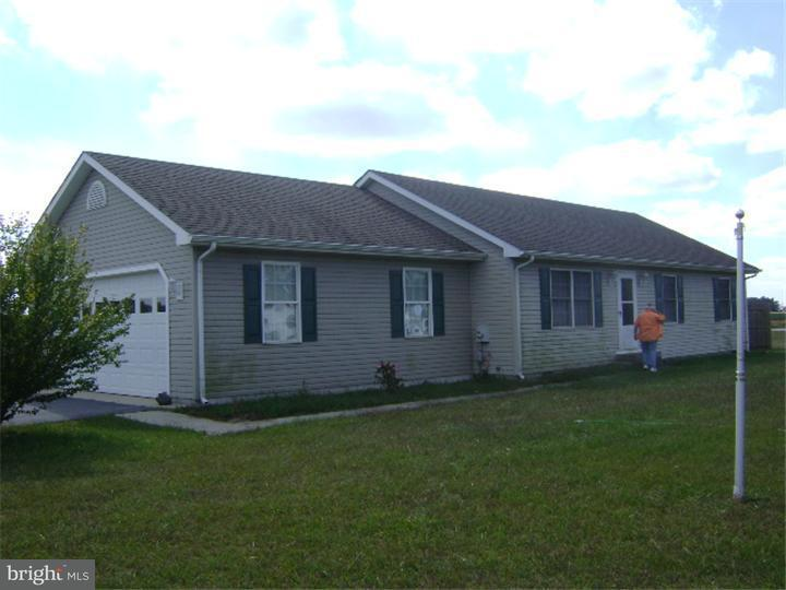 Single Family Home for Rent at 3302 MIDSTATE Road Felton, Delaware 19943 United States