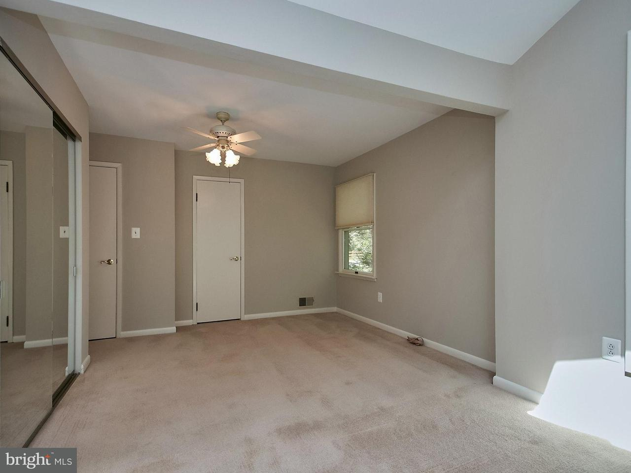 Additional photo for property listing at 145 S Spring Street 145 S Spring Street Falls Church, Virginia 22046 Estados Unidos
