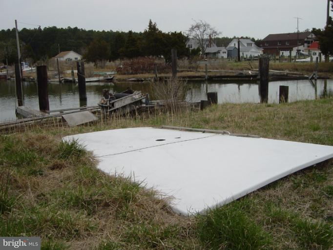 Additional photo for property listing at County Rd  Fishing Creek, Maryland 21634 United States