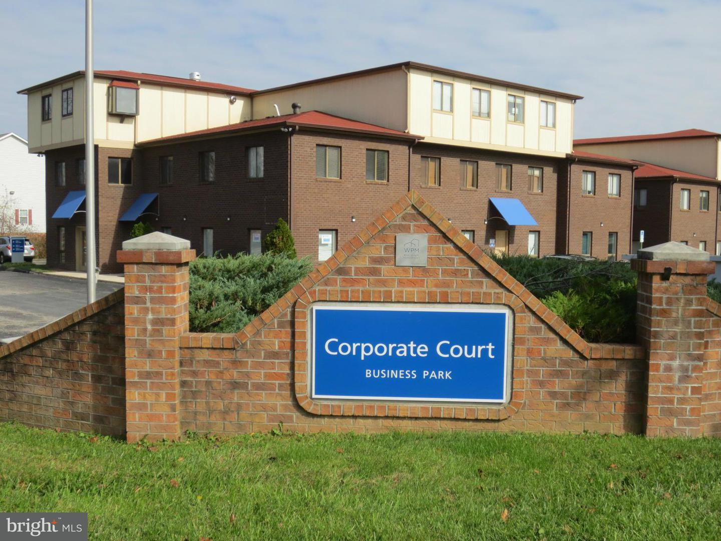 Commercial for Sale at 3219-B Corporate Ct #10b Ellicott City, Maryland 21042 United States