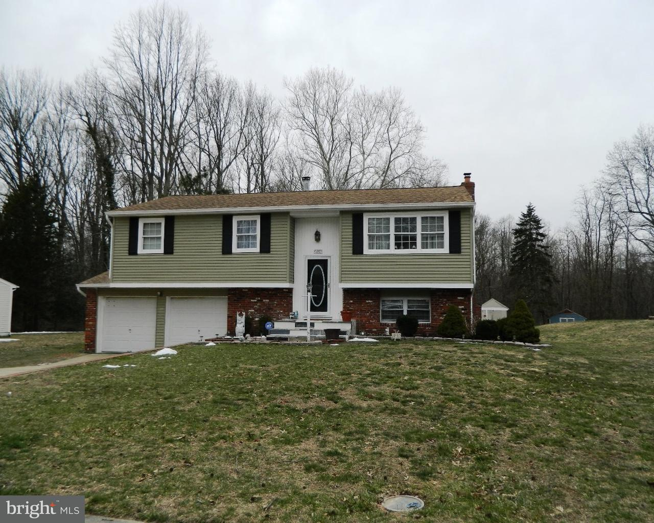 独户住宅 为 销售 在 20 SHERRI WAY Pine Hill, 新泽西州 08021 美国