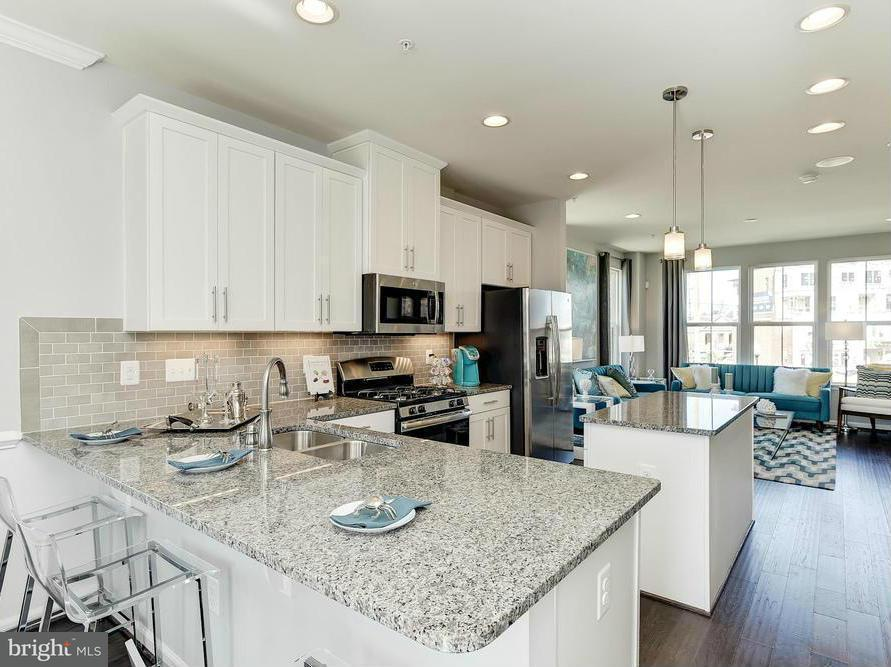 多棟聯建住宅 為 出售 在 6208 Enquirer St #507e 6208 Enquirer St #507e Hyattsville, 馬里蘭州 20782 美國