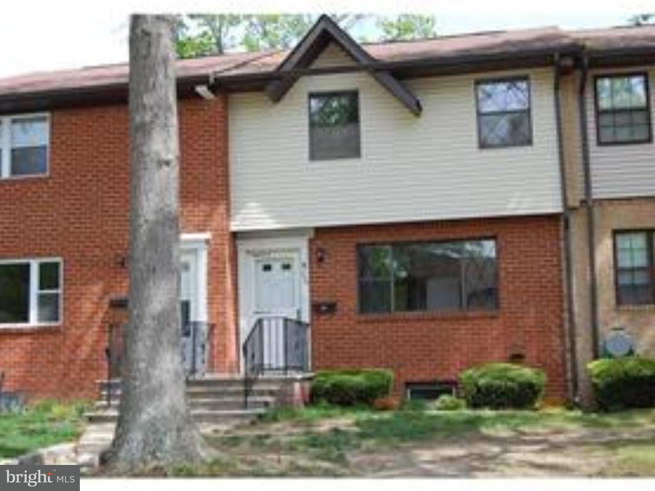 Таунхаус для того Продажа на 234 SAMANTHA Court Brick, Нью-Джерси 08724 Соединенные Штаты