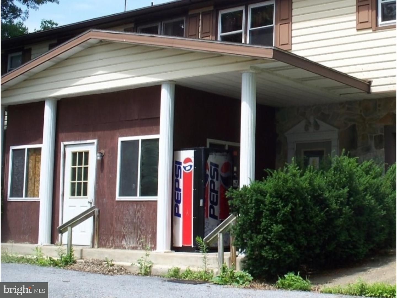 Casa Unifamiliar por un Venta en 29 WITMAN Road Womelsdorf, Pennsylvania 19567 Estados Unidos