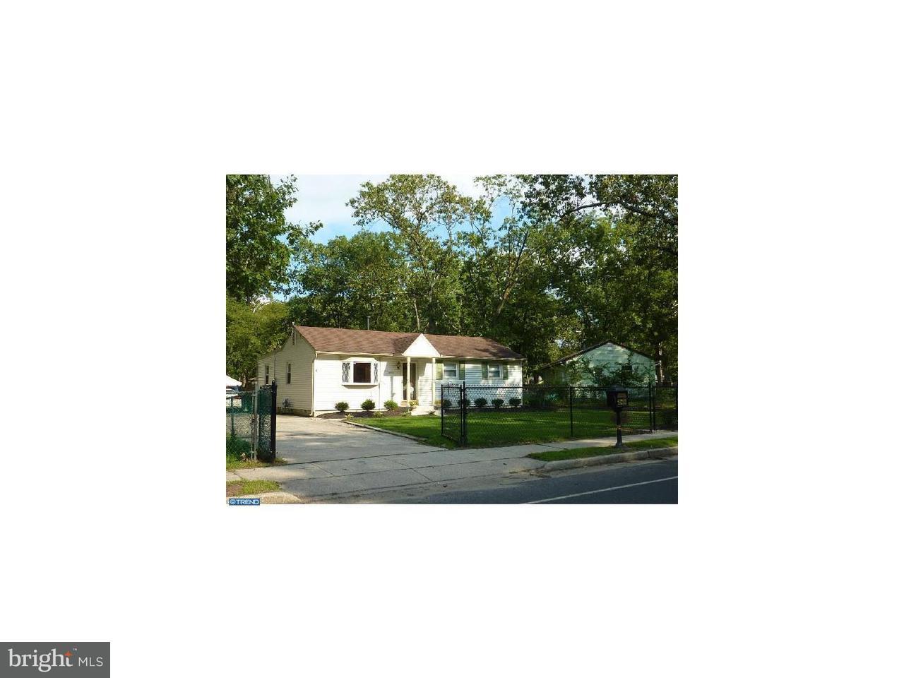 Maison unifamiliale pour l Vente à 408 CAINS MILL Road Buena Vista Township, New Jersey 08094 États-Unis
