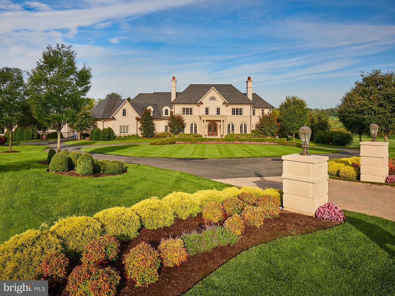 Villa per Vendita alle ore 22781 Creighton Farms Drive 22781 Creighton Farms Drive Leesburg, Virginia 20175 Stati Uniti