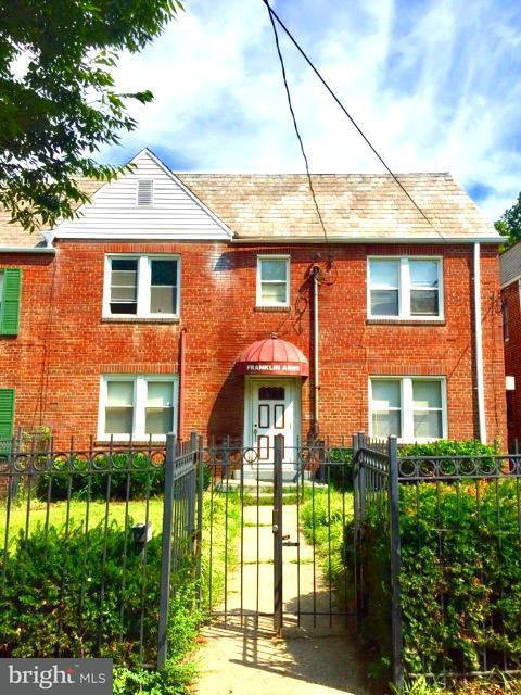 Multi-Family Home for Sale at 317 Decatur St Nw 317 Decatur St Nw Washington, District Of Columbia 20011 United States