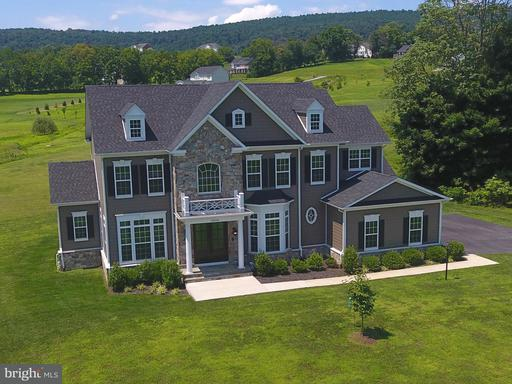Property for sale at 35543 Greyfriar Dr, Round Hill,  VA 20141
