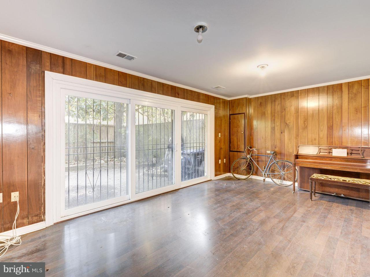Additional photo for property listing at 604 7th St Sw 604 7th St Sw Washington, District De Columbia 20024 États-Unis