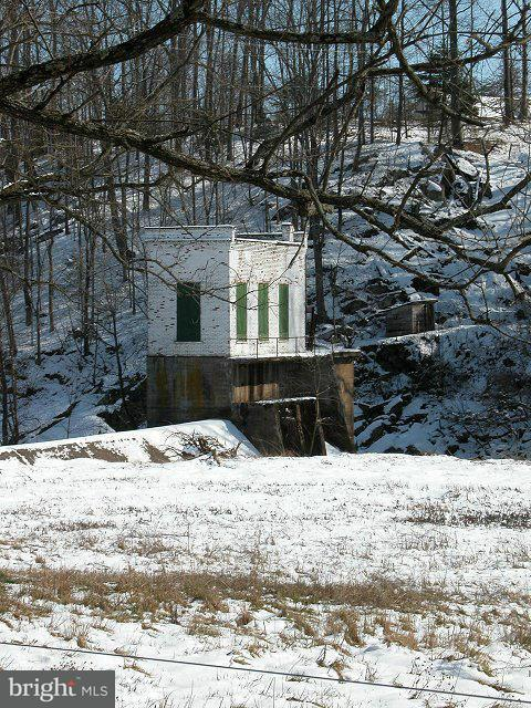 Additional photo for property listing at Larkins Mill Ln  Brightwood, Virginia 22715 United States
