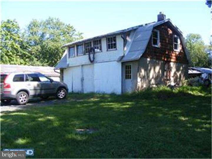 Additional photo for property listing at 1765 OLD PLAINS Road  Pennsburg, Pennsylvania 18073 United States
