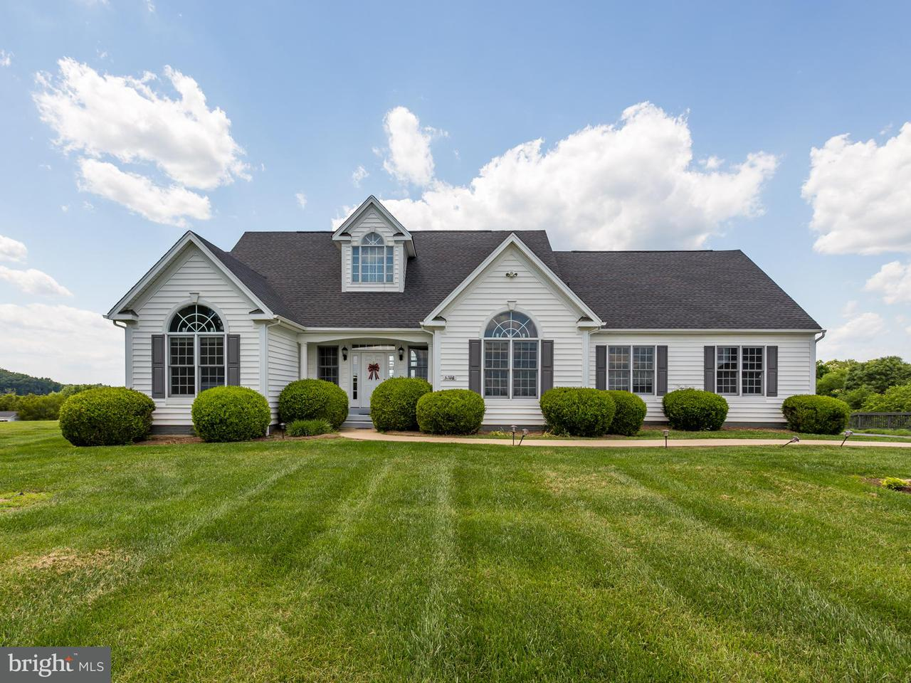 Single Family Home for Sale at 5708 Crescent Point Drive 5708 Crescent Point Drive Orange, Virginia 22960 United States
