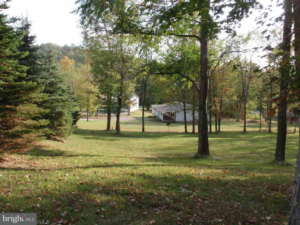 Single Family for Sale at 42 Oak Hollow Lane Bruceton Mills, West Virginia 26525 United States