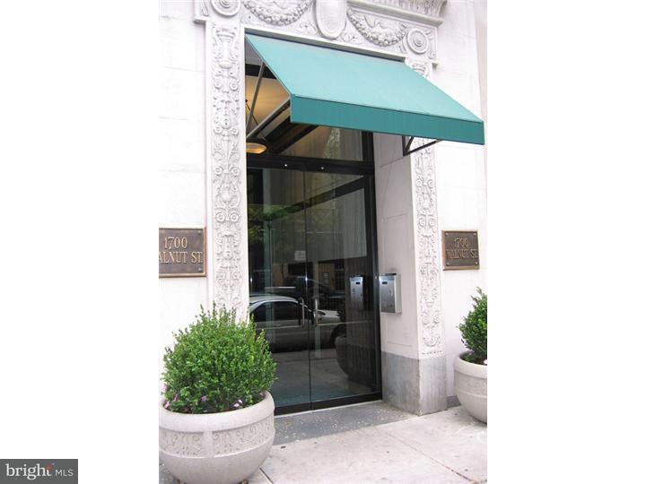 独户住宅 为 出租 在 1700 WALNUT ST #4F 费城, 宾夕法尼亚州 19103 美国