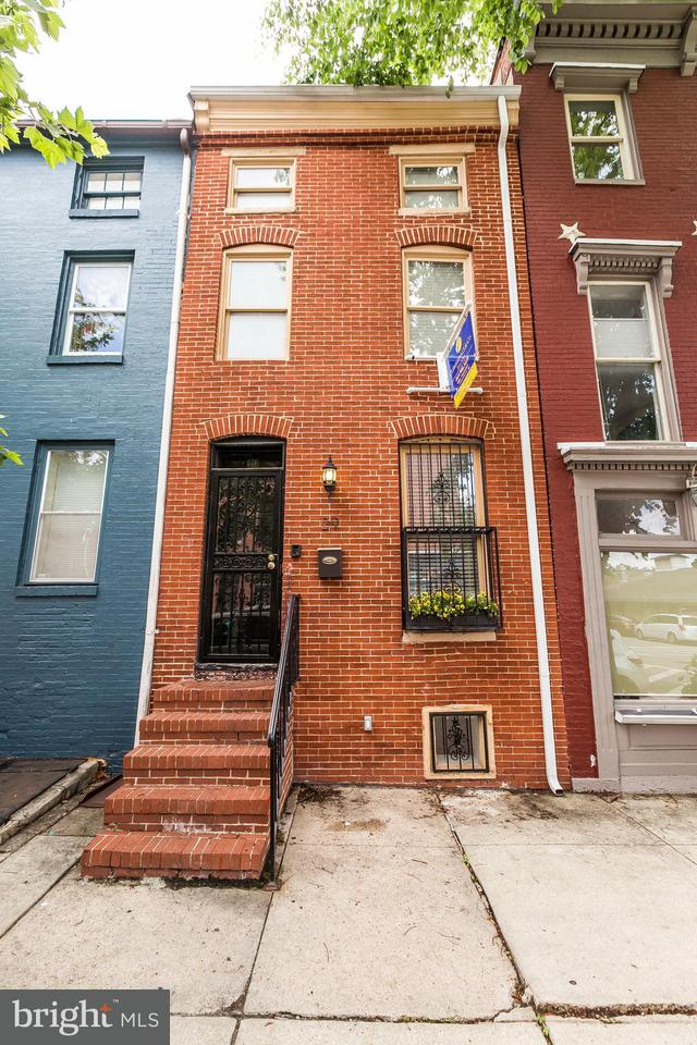 Single Family for Sale at 29 Arlington Ave S Baltimore, Maryland 21223 United States