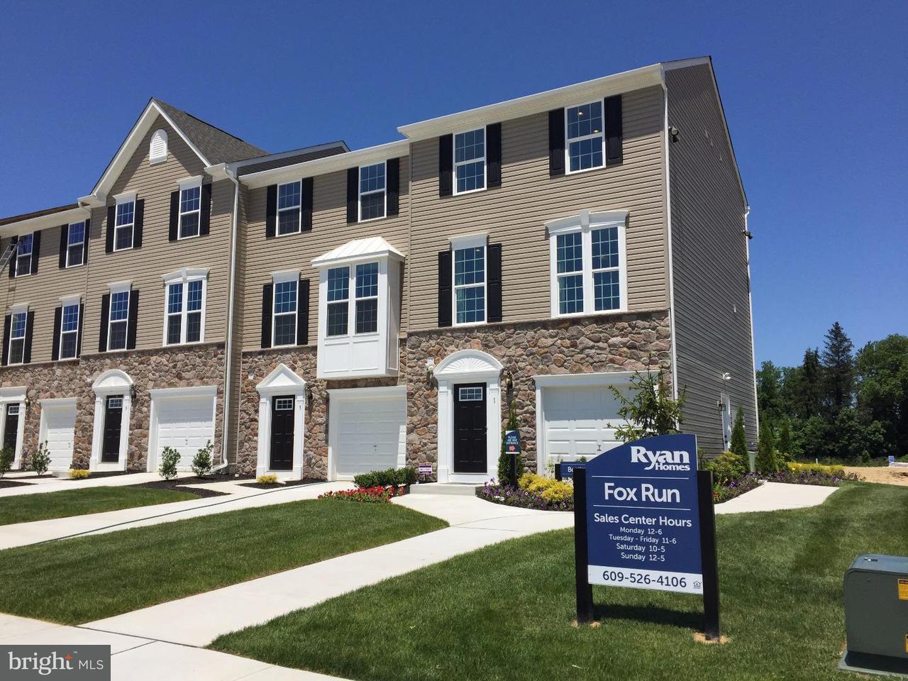 Casa unifamiliar adosada (Townhouse) por un Venta en 96 BENFORD Lane Edgewater Park, Nueva Jersey 08010 Estados Unidos