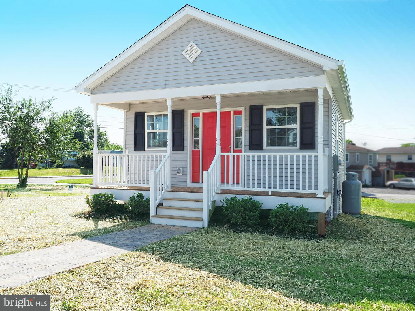 Other Residential for Rent at 205 7th Ave E Ranson, West Virginia 25438 United States