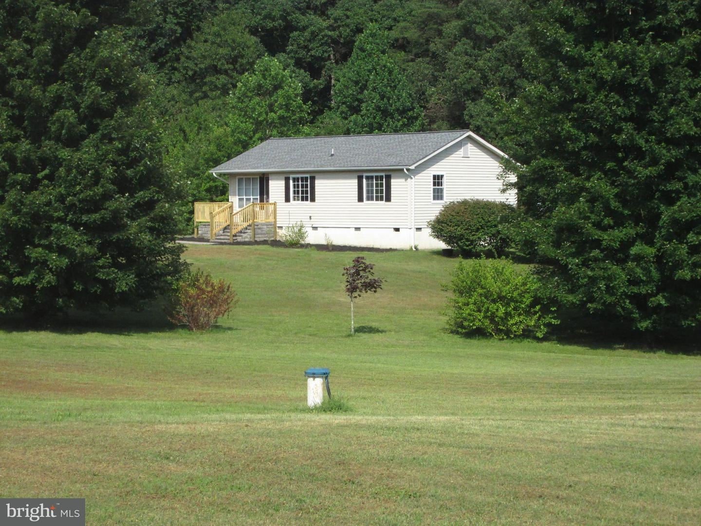 Single Family for Sale at 21105 Gibsons Ln Lignum, Virginia 22726 United States