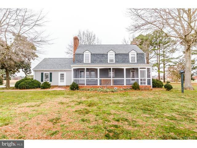 Additional photo for property listing at 283 Daingerfield Road 283 Daingerfield Road Tappahannock, Virginia 22560 Verenigde Staten